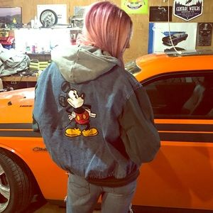 ✨Vintage 90's Mickey Mouse jacket ✨
